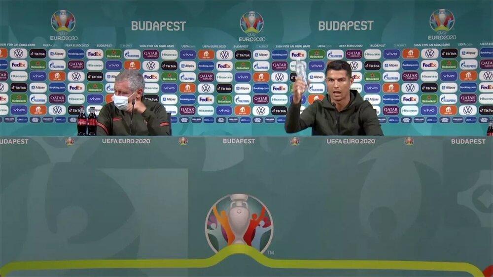 ببینید   جنجال کوکاکولا در یورو ادامه دارد/ ستاره ایتالیا علیه نوشابه!