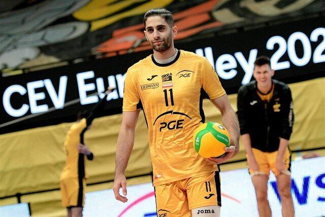 میلاد عبادیپور:هر بازیکنی روز خوب و بد دارد