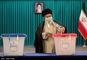 تصاویر | رای دادن رهبر معظم انقلاب در روز انتخابات