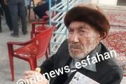 عکس | پیرمرد ۱۰۱ ساله پای صندوق رای