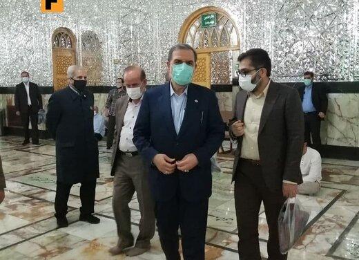محسن رضایی بعد از انداختن رای در صندوق: قول می دهم اقتصاد و معیشت شما را حل خواهم کرد /به شایعات توجه نکنید