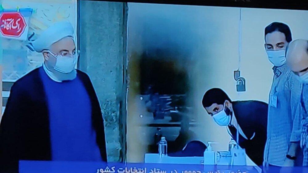فوری /حضور روحانی در محل اخذ رأی وزارت کشور