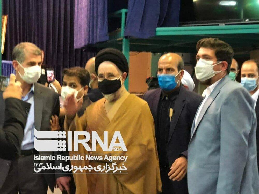 عکس| محمد خاتمی در پای صندوق رای