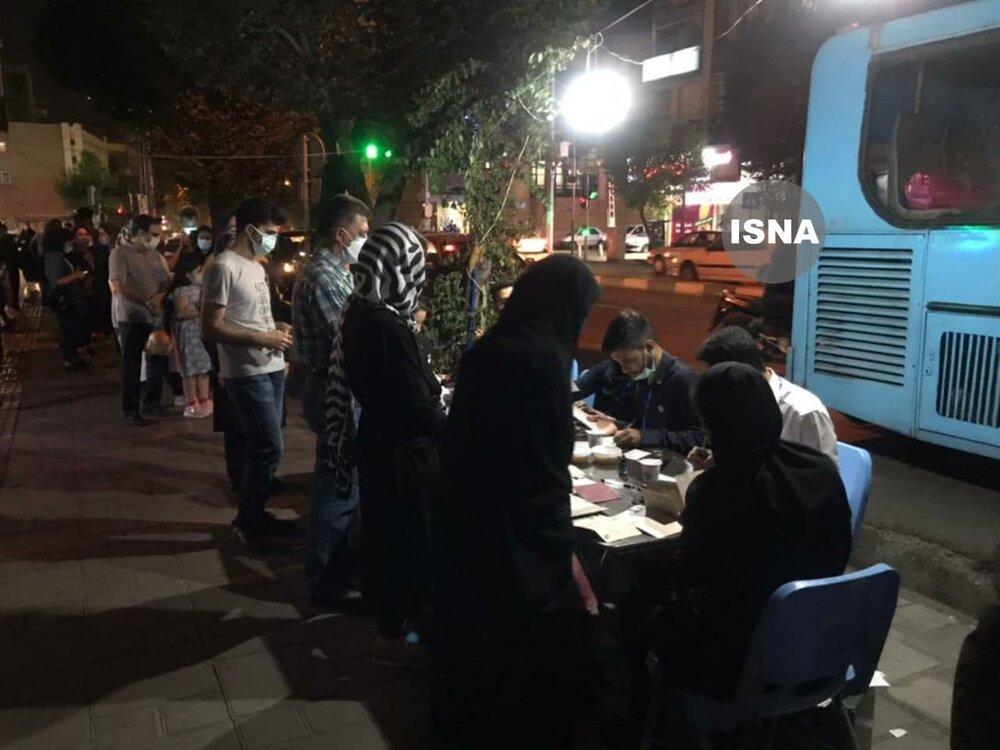 عکس | قابی غرورآمیز از صف رایدهندگان در خیابان کارگر شمالی تهران