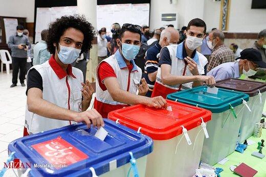 تصاویر دیدنی از جشن انتخابات 1400 در شهر های مختلف کشور