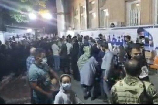 ببینید | هماکنون؛ حضور چشمگیر مردم ارومیه در رایگیری