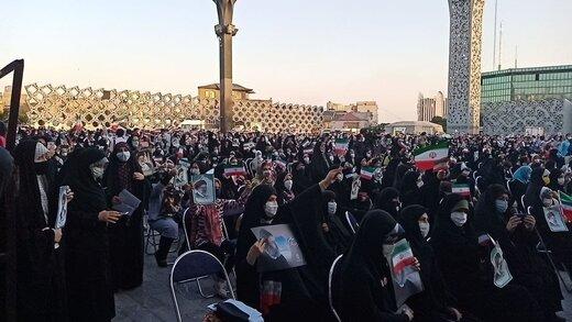 تصاویر آخرین خبر از جشن انتخابات در میدان امام حسین تهران