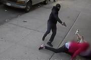 ببینید | نجات معجزهآسای دو کودک در تیراندازی مرگبار نیویورک