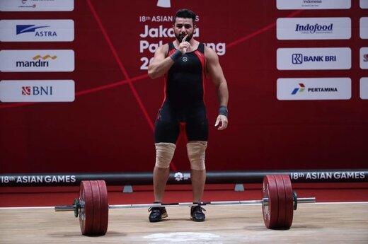 ببینید | لحظه تلخ زمین خوردن وزنهبردار ایران پس از ناکامی در المپیک