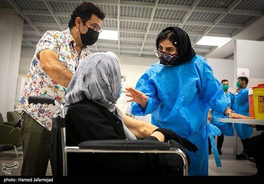 تزریق دوز دوم واکسن کرونا سالمندان بالای۷۵ سال