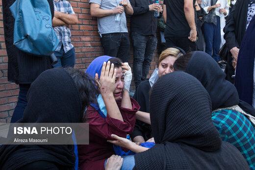 ورود قربانیان و مصدومان سانحه واژگونی اتوبوس، به فرودگاه مهرآباد