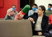 شوخی جناب خان با خواننده راک در «خندوانه»/ عکس