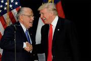 ببینید | پروانه وکالت وکیل دونالد ترامپ تعلیق شد