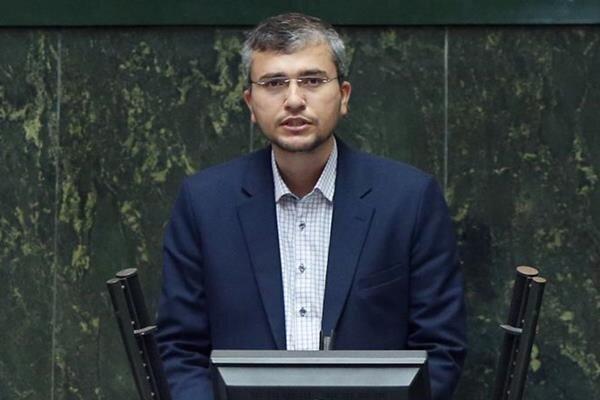 عده ای خاص دور رئیسی را گرفته اند؟ /نتیجه دیپلماسی دولت آینده باید معتبر شدن پاسپورت ایرانی باشد