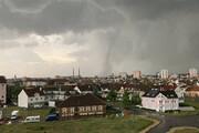 ببینید   گردباد وحشتبرانگیز در جنوب شرق جمهوری چک
