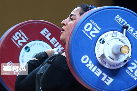 First Iranian female weightlifter joins Olympic Games