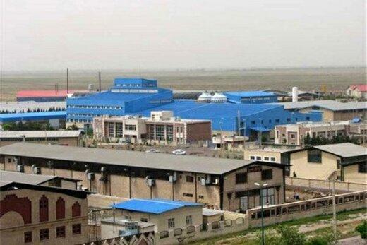 بیش از ۴ درصد تولیدات صنعتی کشور در استان یزد انجام میشود