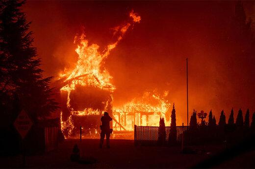 ببینید | تصاویری هولناک از گردباد آتش در کالیفرنیا