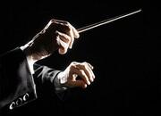 چوب رهبری ارکستر بیصاحب مانده است