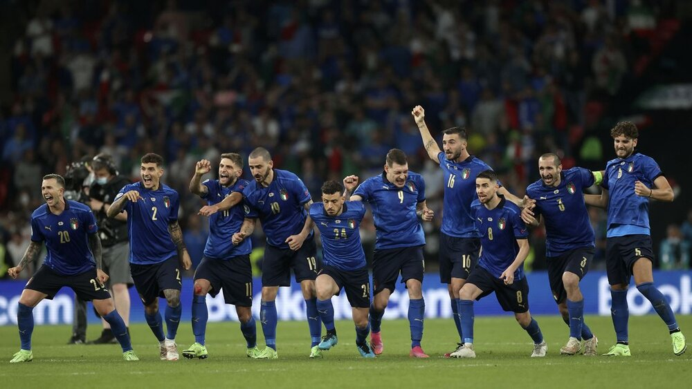 34 میلیون یورو برای لاجوردیهای قهرمان!