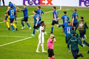 ببینید   ریاکشن عجیب دوناروما پس از قهرمانی ایتالیا در یورو ۲۰۲۰