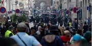 تظاهرات فرانسویها به دلیل طرح اجباری مکرون برای واکسن زدن/عکس