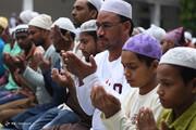 تصاویر   اقامه نماز عید قربان در سراسر جهان