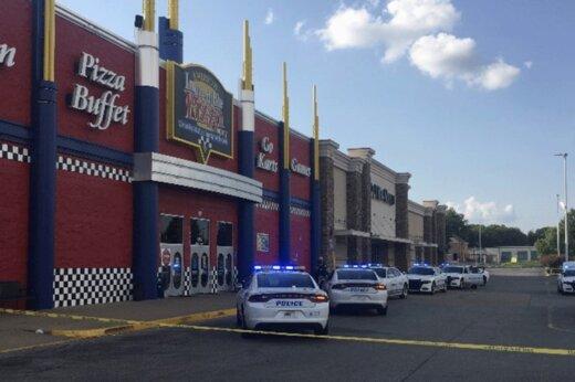 ببینید   لحظه هولناک تیراندازی دو خانواده در رستوران!