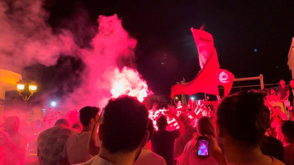 کودتا در تونس؛پایان بهار عربی یا انقلابی دوباره؟/واکنش لیبی:چقدر امشب شبیه آن شب بود!