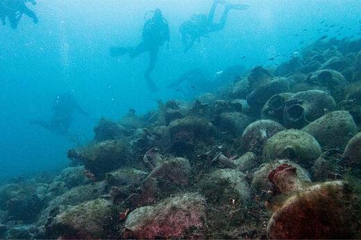 ببینید | افتتاح نخستین موزه زیر آب با اشیاء ۲۵۰۰ ساله در یونان