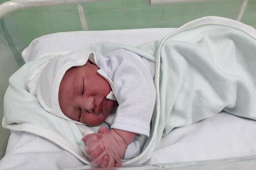 ببینید   تولد نوزاد عجول در ارتفاع ۹ هزارپایی