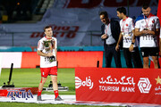 جام در دستان جلال حسینی آرام گرفت/عکس