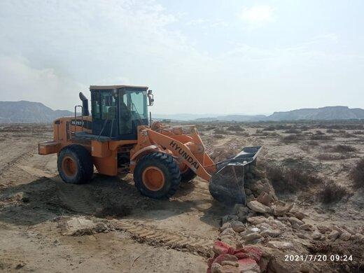 رفع تصرف ۲۴.۸هزار مترمربع اراضی خالصه دولتی به ارزش ۲۴.۸میلیارد ریال در روستای کانی قشم