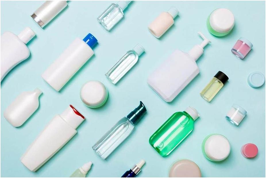 پیشگام نگار، یکه تاز در فروشگاههای محصولات آرایشی بهداشتی