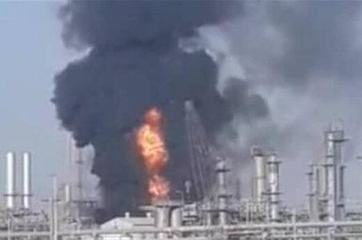 ببینید | مهار آتش سوزی در منطقه ویژه اقتصادی پتروشیمی