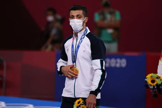 Iran's Greco-Roman wrestler grabs gold medal in Olympic Games