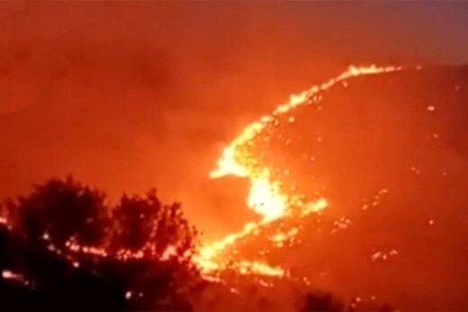 ببینید | مهار زبانههای سرکش آتش در ژئوپارک ایران