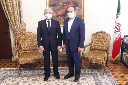مدیرکل سیاسی و امنیتی وزارت خارجه ایتالیا با عراقچی دیدار کرد