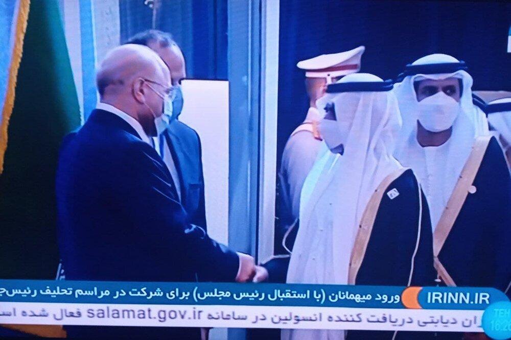 آیت الله جنتی بدون ماسک آمد /قالیباف اینگونه به استقبال مهمان تحلیف رئیسی رفت+عکس