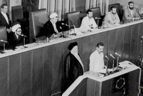 مراسم تحلیف احمدی نژاد در روز غیبت بزرگان / عدم حضور مقامات خارجی در مراسم افتتاحیه دهه 60