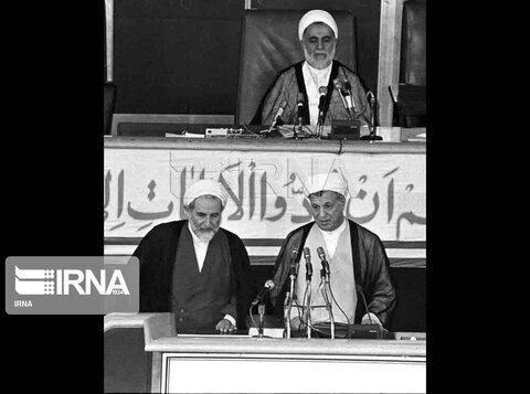 تحلیف احمدی نژاد در روز غیبت بزرگان / عدم حضور مقامات خارجی در مراسم تحلیف دهه 60