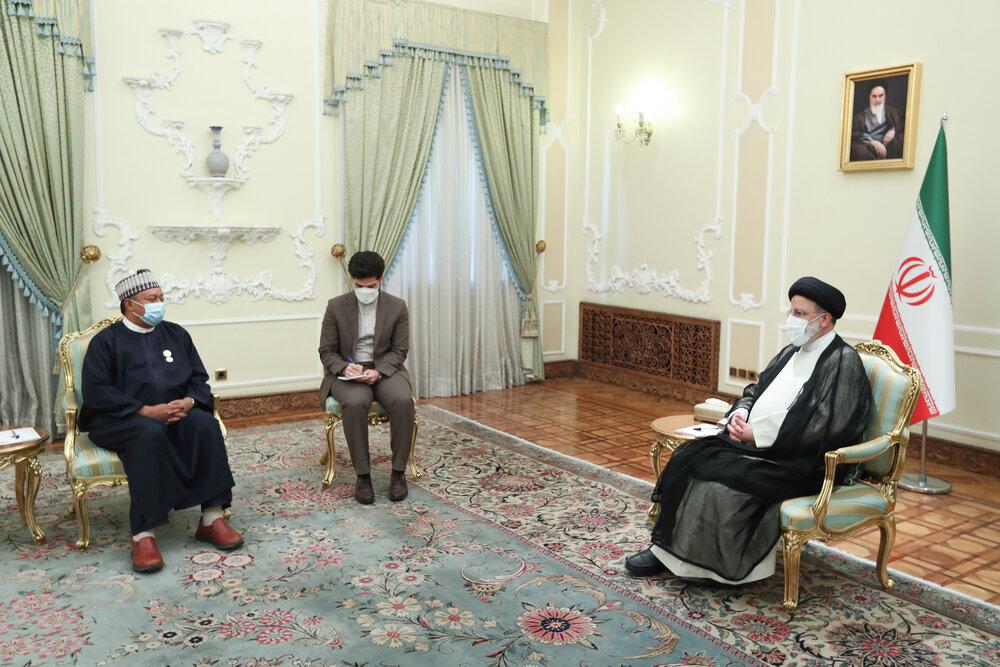 مواضع ابراهیم رئیسی درباره بازار نفت، حزب الله لبنان، حشدالشعبی و .../ادامه دیدارها با مقامات خارجی