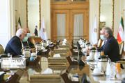 ظريف يطالب المجتمع الدولي باتخاذ موقف واضح لدعم الحل السياسي في افغانستان