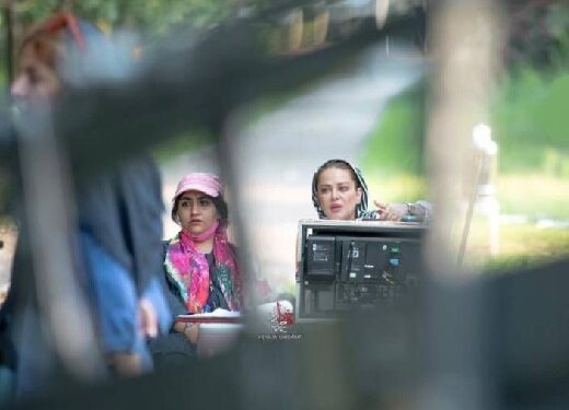 نیما رئیسی، همبازی نیوشا ضیغمی، در نخستین فیلم بهاره رهنما شد