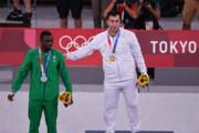 ببینید | شفافسازی گنجزاده در مورد ضربه خطرناک حریف عربستانی در فینال کاراته المپیک