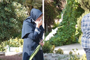 ببینید | لحظاتی غمانگیز از تشییع پیکر پرستار اصفهانی