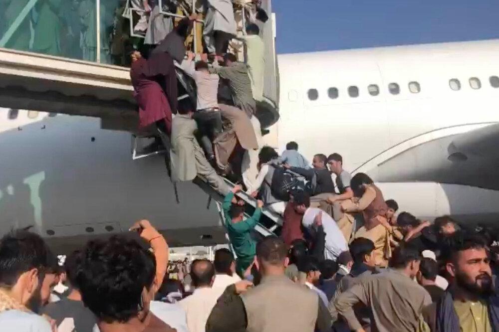 نوید محمودی: افغانستان به عقب برنخواهد گشت