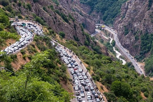ببینید | ترافیک سنگین و بیسابقه در گردنه حیران در آخرین جمعه تابستان