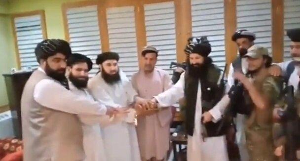 برادر اشرف غنی با طالبان بیعت کرد/عکس