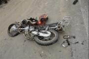 ببینید | سرنگونی دلخراش موتورسوار با اشتباه فاجعهبار راننده یک سواری